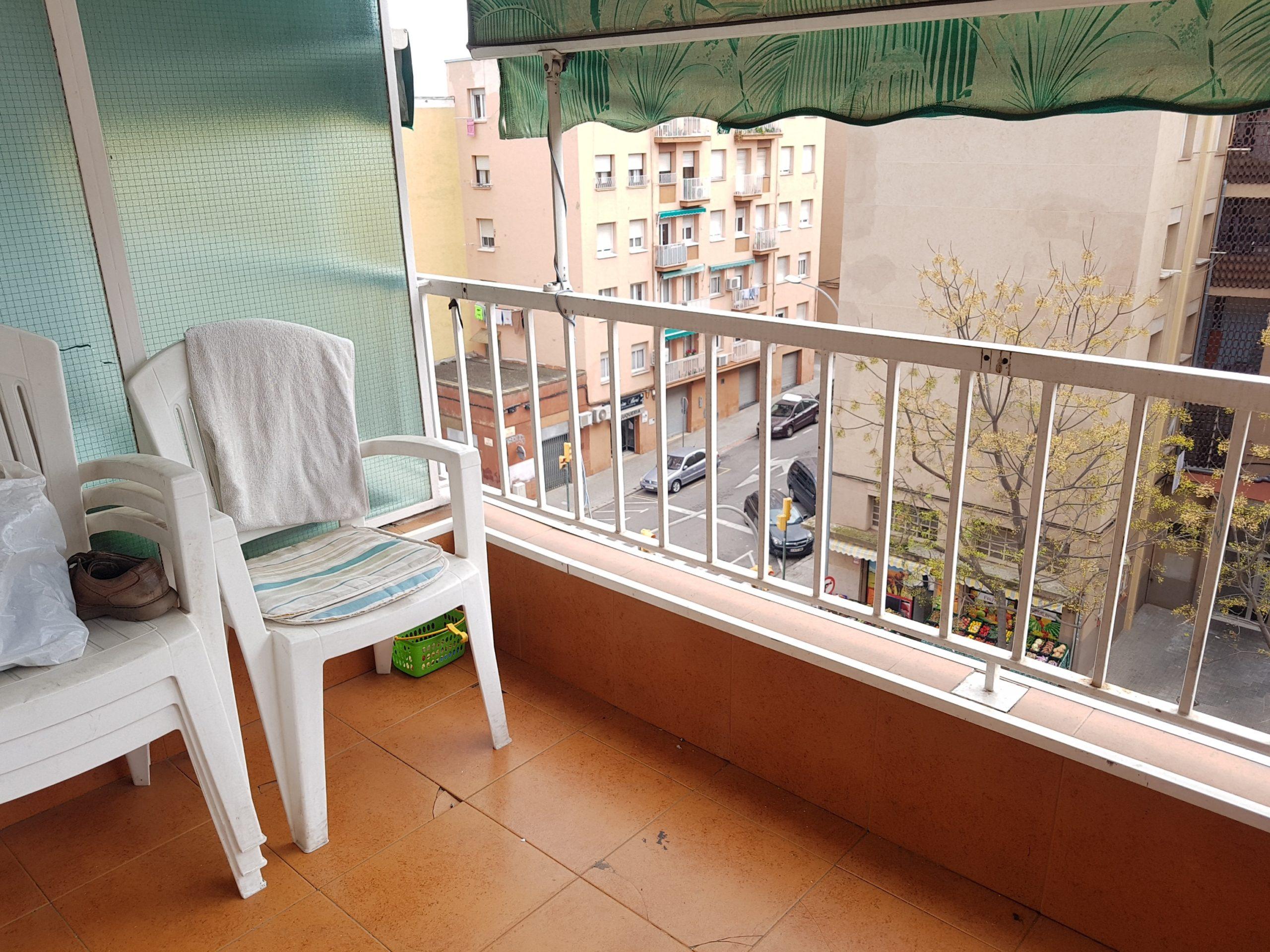 comedor con balcon